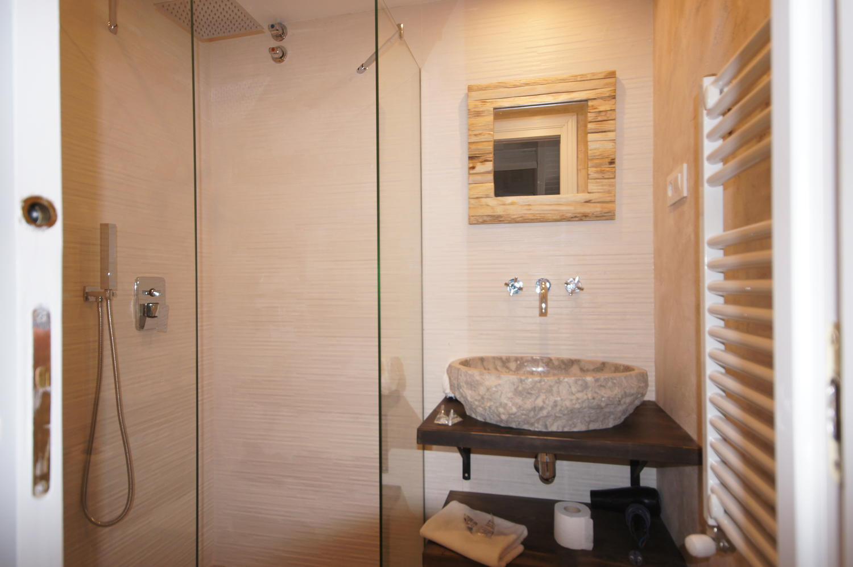 Atico -                                       Benasque -                                       3 dormitorios -                                       6 ocupantes