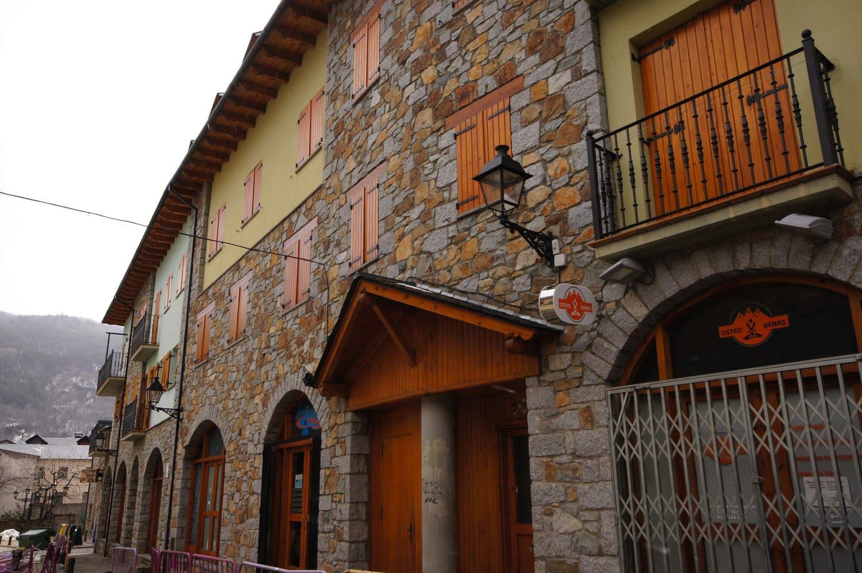 Buhardilla -                                       Benasque -                                       3 dormitorios -                                       5 ocupantes